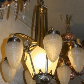Старинная люстра на 7 ламп