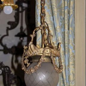 Светильник с круглым стеклом