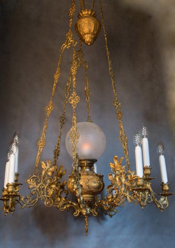 Антикварные люстры лампы, старинные настольные