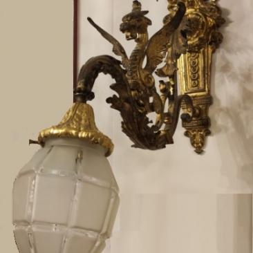 Антикварный настенный светильник из бронзы с драконом