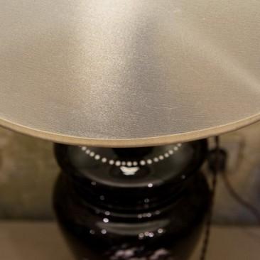 Антикварная лампа из стекла с ручной росписью