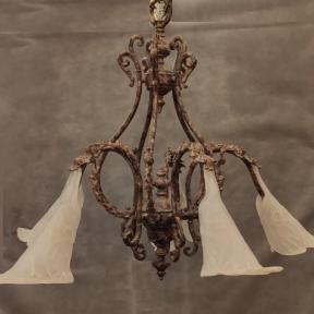 Винтажная люстра из бронзы со стеклянными плафонами