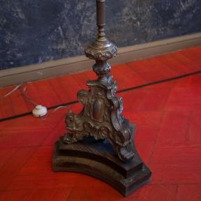 Антикварный торшер из латуни