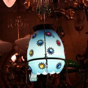 Голубой подвес с цветными элементами